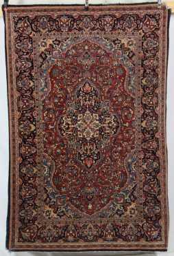 Sarouk Oriental Scatter Rug