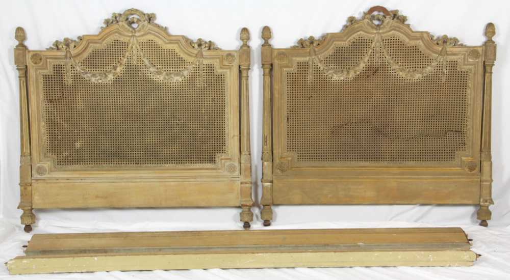 Country Day Bed - French country bed