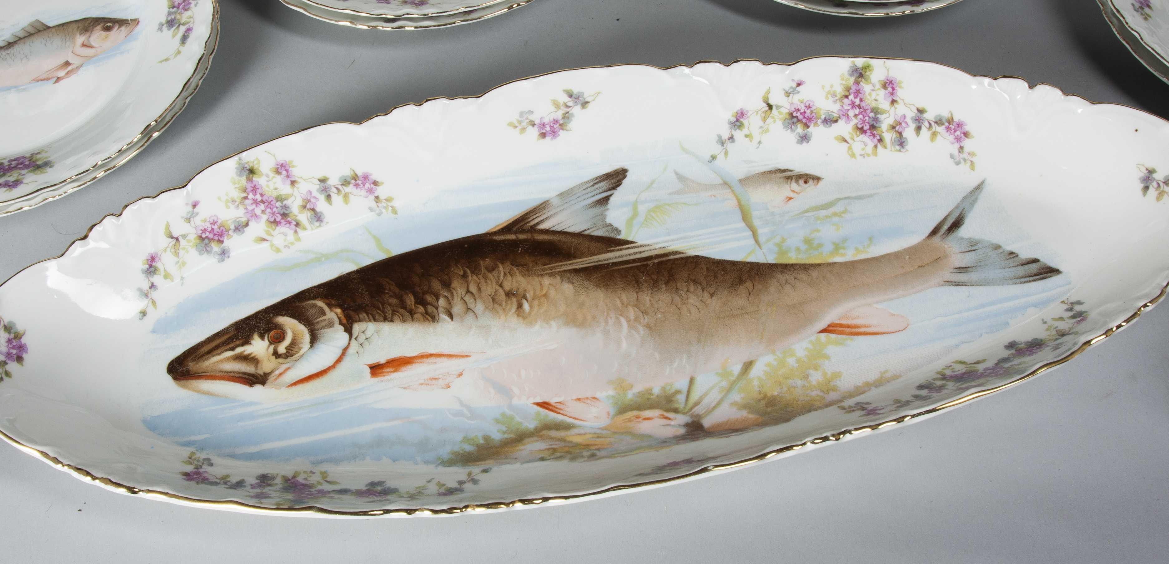 & Antique Carlsbad Austrian Game Fish Set