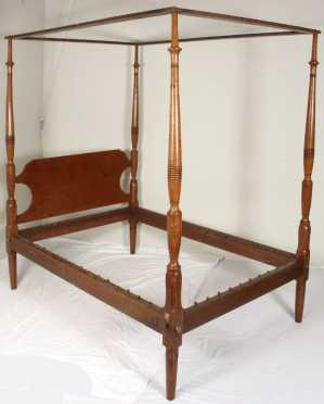 Tiger Maple Sheraton Tall Post Bed