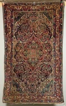 Sarouk Scatter Size Oriental Rug