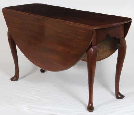 English Queen Ann Drop Leaf Table