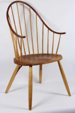 Thomas Moser, handmade maple Windsor style armchair