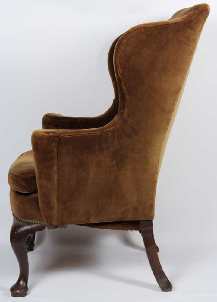 Antique queen anne wingback chair antique furniture for Queen anne furniture plans