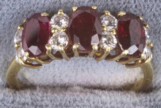 Yellow Gold Ladies Garnet and Diamond Ring