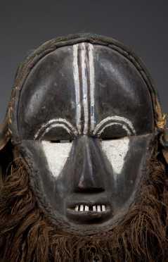 A rare Grebo mask