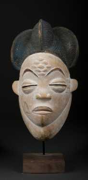 A Punu mask