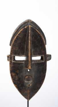 A Lwalwa mask