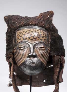 A Kuba/Kete female mask