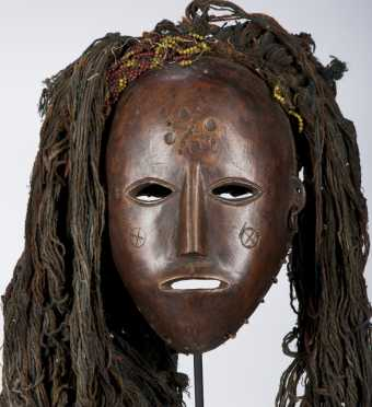 A Lovale or Mbunda female mask