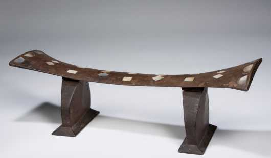 An exceptional Tongan neckrest with Shell inlay