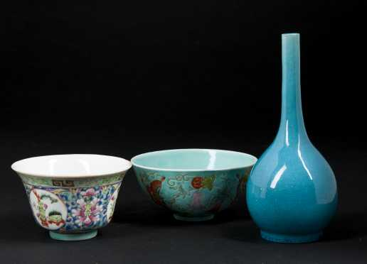 Chinese Porcelain Rice Bowls and Bud Vase