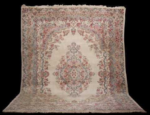 Kerman Room Size Oriental Rug