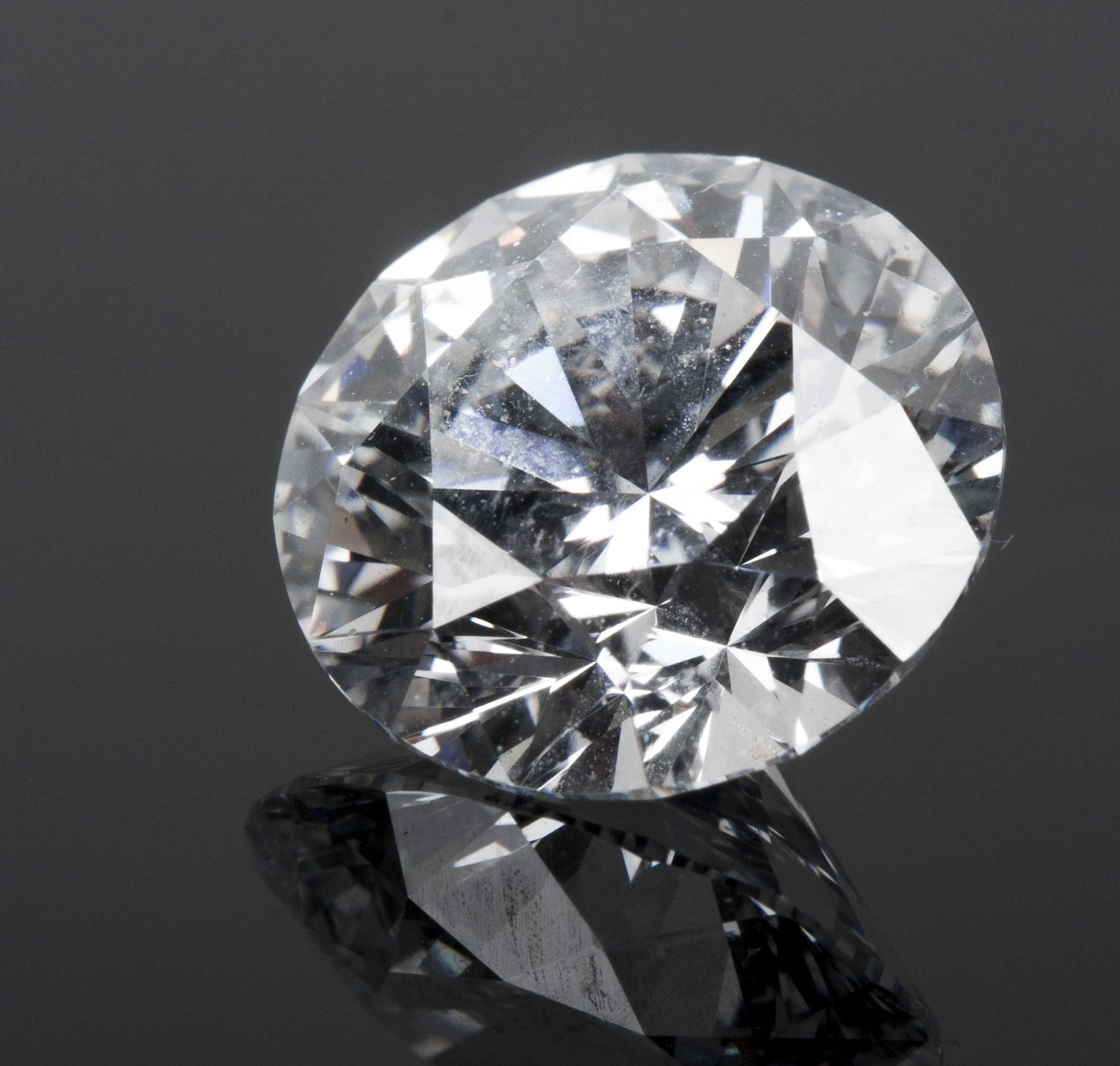 carats asp cut uk auction unmounted vintage brilliant weighing diamond brilliantcut