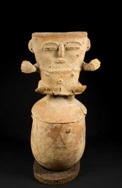 """An exceptional and Large Tamalameque figural urn, Colombia C. 900 - 1500 AD H: 25"""""""