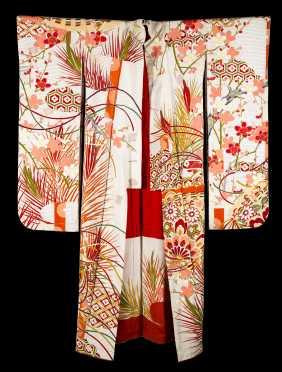 Hikizuri Kimono