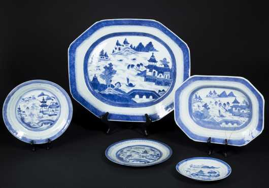 Five Pieces of Chinese Export Blue and White Canton Porcelain