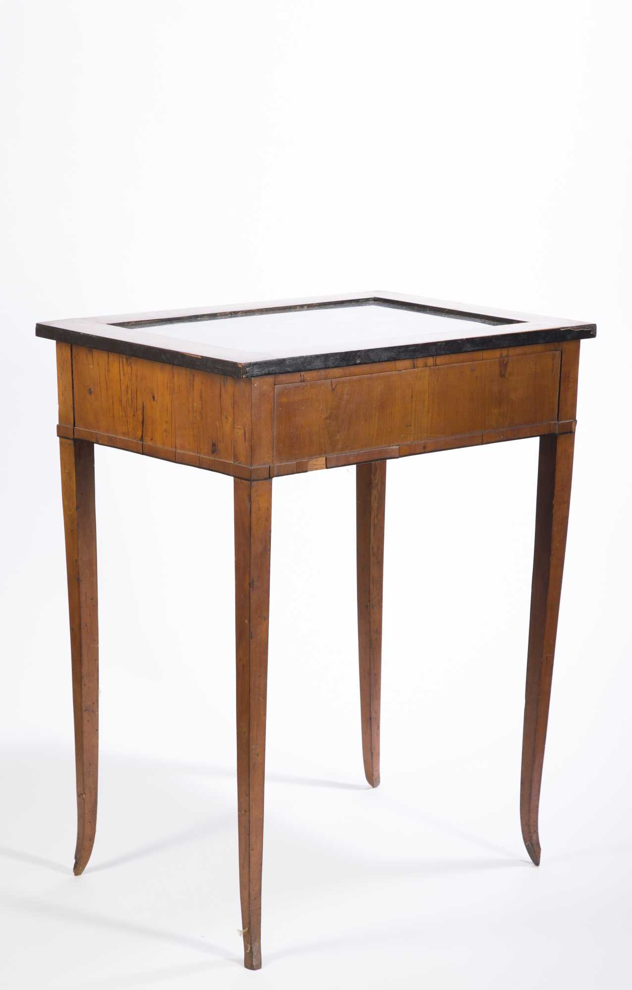 Beidermeier vitrine table for Table vitrine