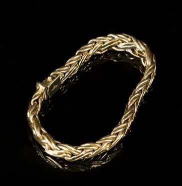 Tiffany & Co., yellow gold bracelet, marked 585(14K)