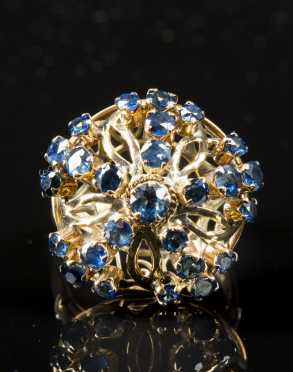 Sapphire and 18K Yellow Gold Ladies Ring