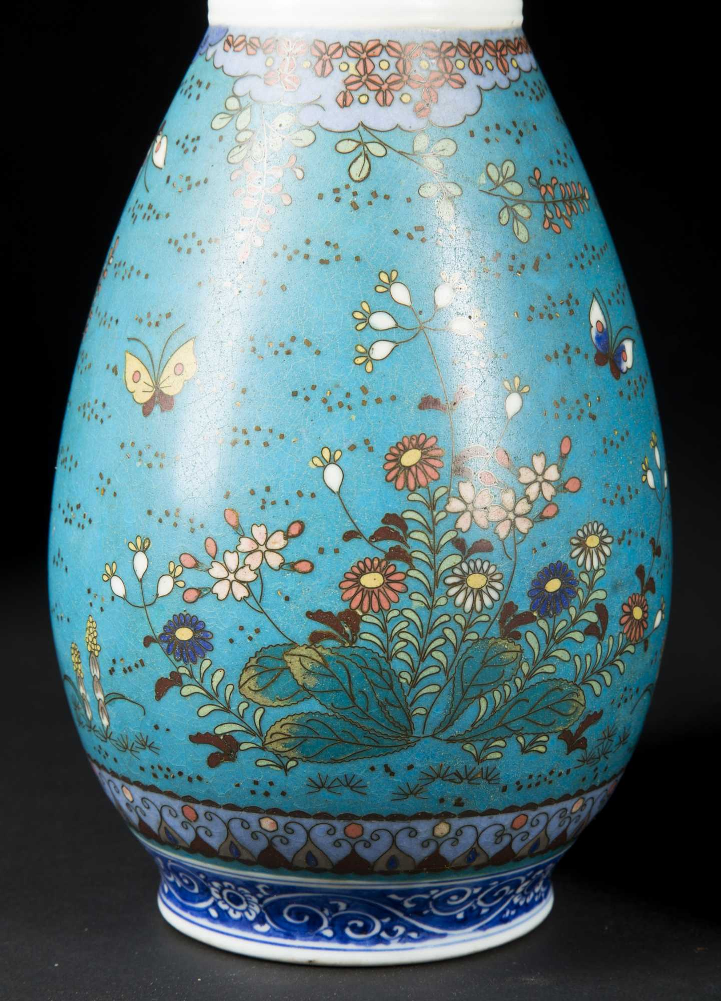 Pair Of Meiji Period Japanese Cloisonne Vases