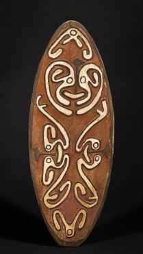 A fine Papuan Gulf spirit board