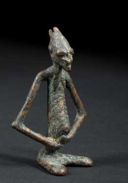 A fine and rare Djenne bronze figurine