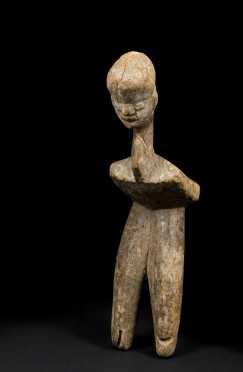 An expressive Lobi stool fragment