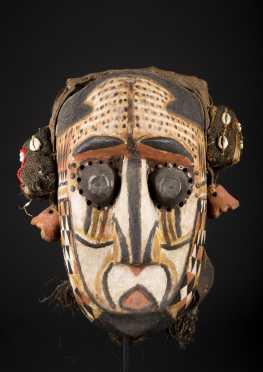 A fine and Kuba mask