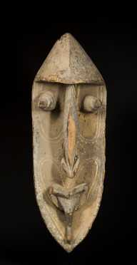 A superb and massive Washkuk Yena figure