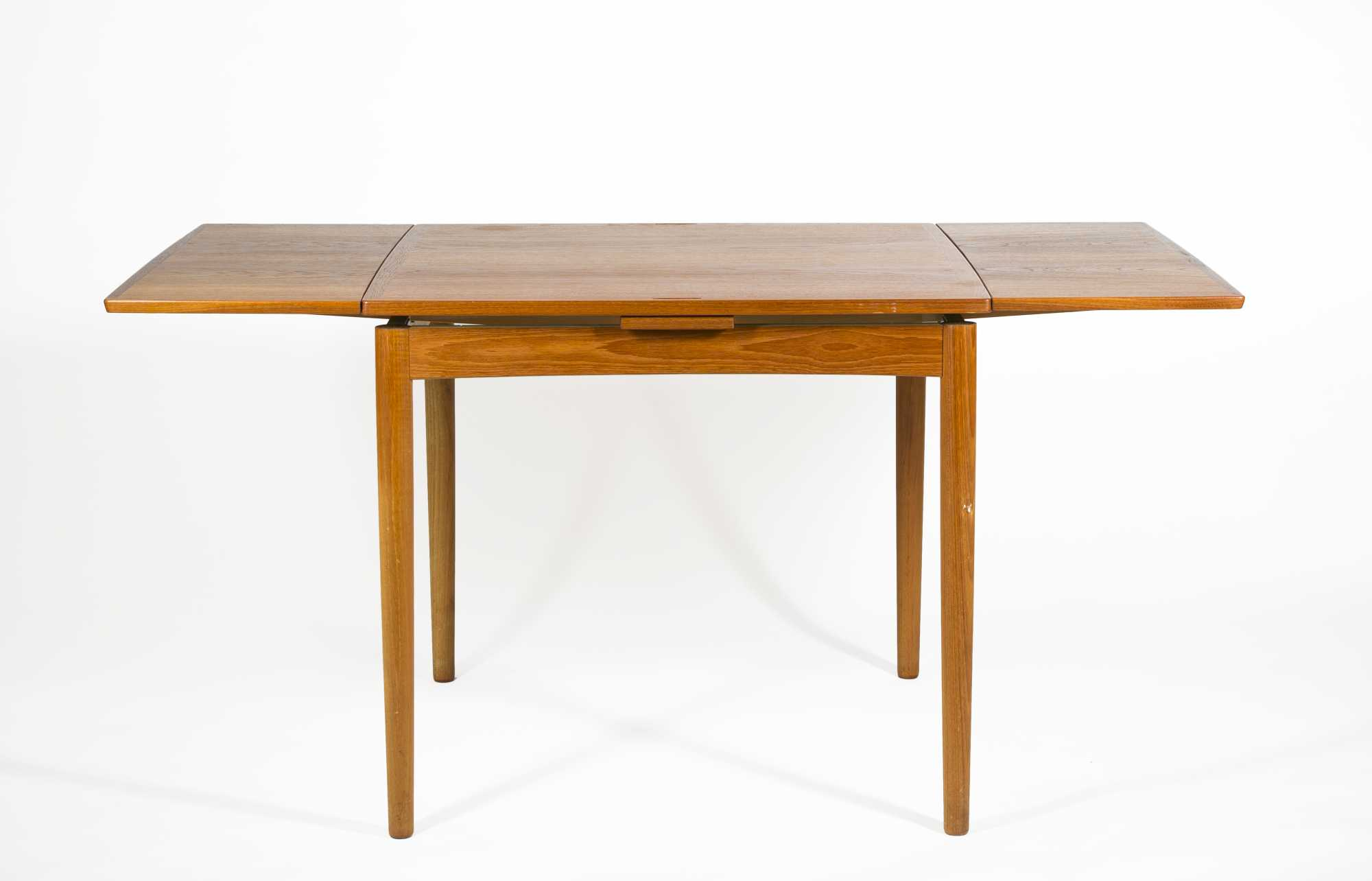 Danish modern reverse top game table and four chairs for Contemporary game table and chairs