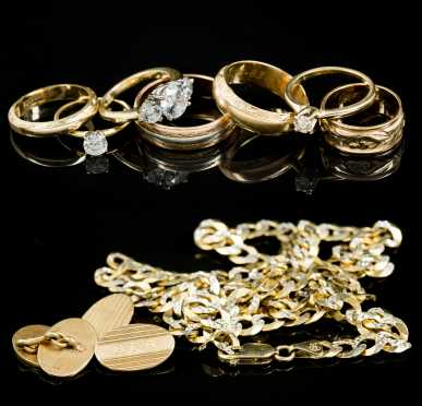 Lot of 14kt Rings, Set of Cufflinks and 10kt Chain