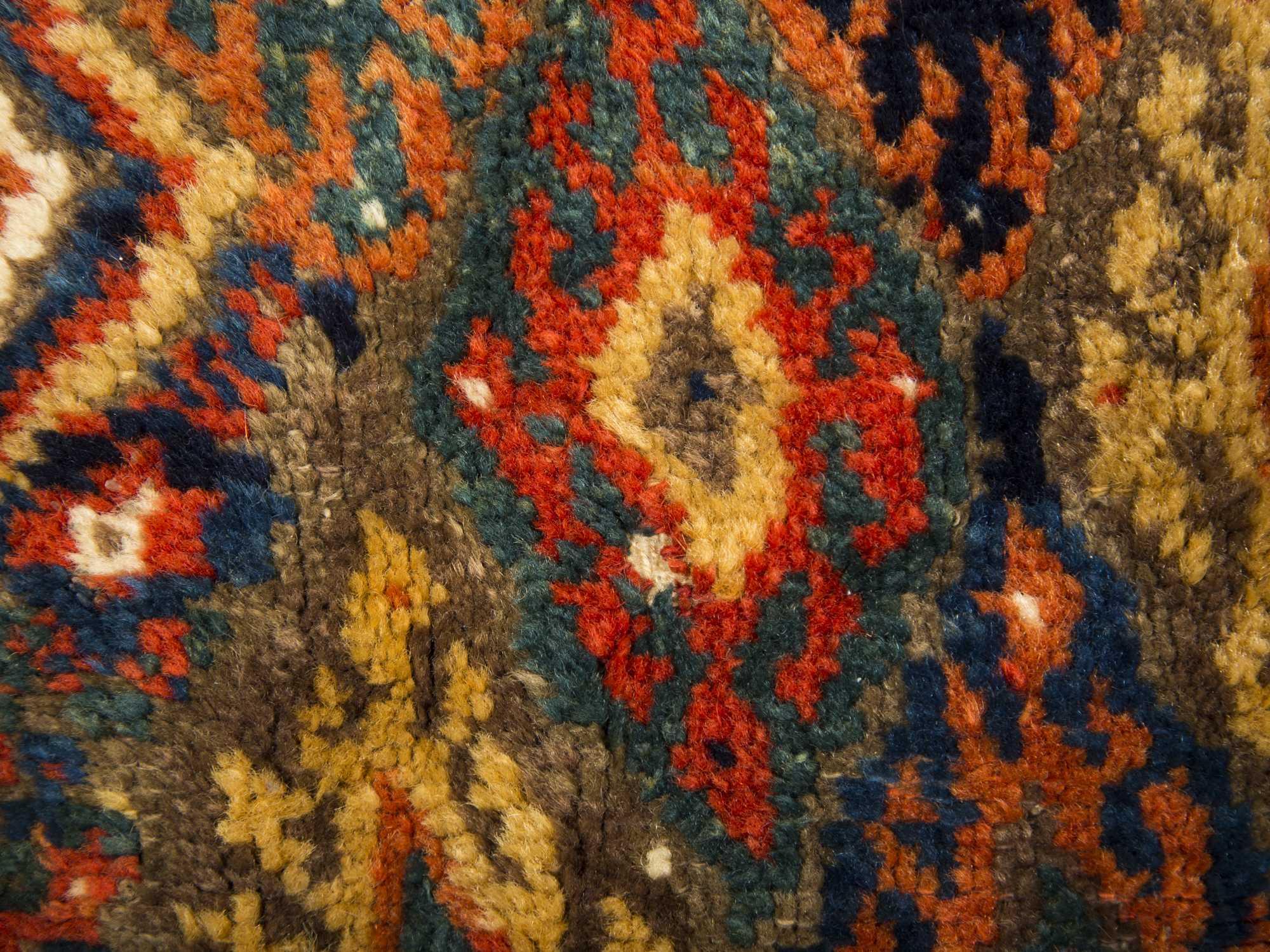 28 Large Hearth Rugs Traditional Persian Design Silk Like