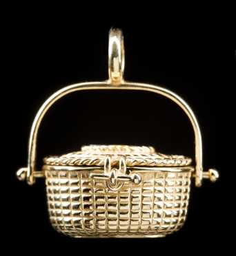 14kt. Nantucket Basket Pendant