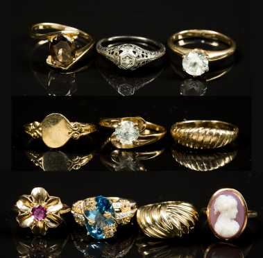 Lot of 10 Gold and Gemstone Rings
