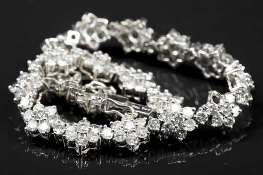 Diamond Flower Tennis Bracelet