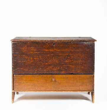 18thC NH One Drawer Blanket Chest