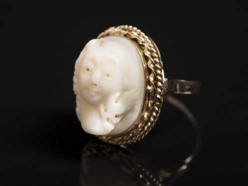 14kt. Gold Cameo Ring
