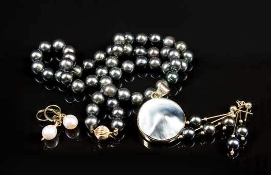 Lot of Pearl and 14kt. Gold Jewelry