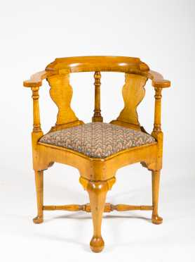 Tiger Maple Chippendale Style Corner Chair