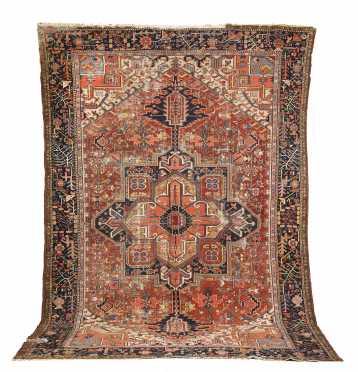 Heriz Room Size Oriental Rug,