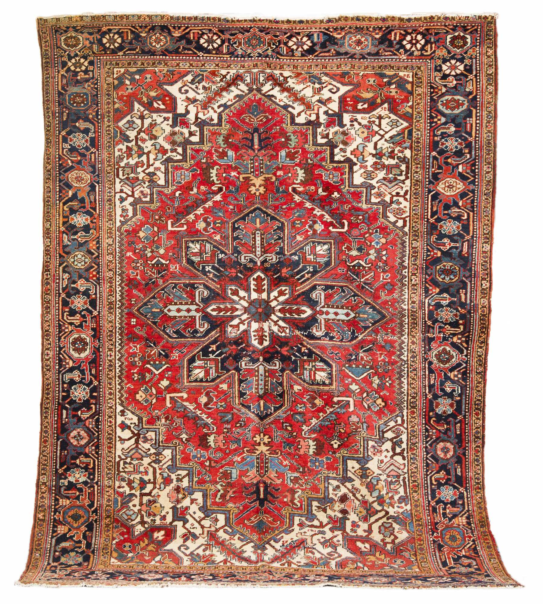 Heriz small room size oriental rug for Room size rugs