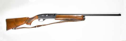 Remington Model 1100 Semi Auto Shotgun Serial #37688V 12 gauge