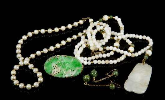 Lot of Stone, Jade, and Pearl Jewelry