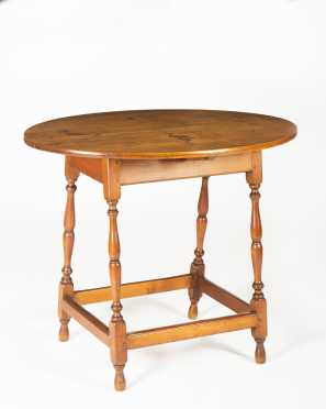 Reproduction Oval Top Splay Leg Table