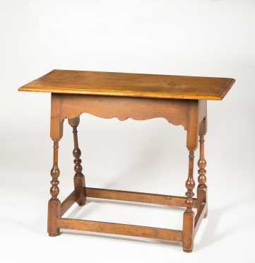 Reproduction American Tavern Table
