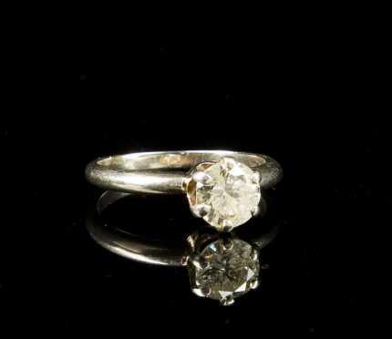 Diamond Solitaire in White Gold