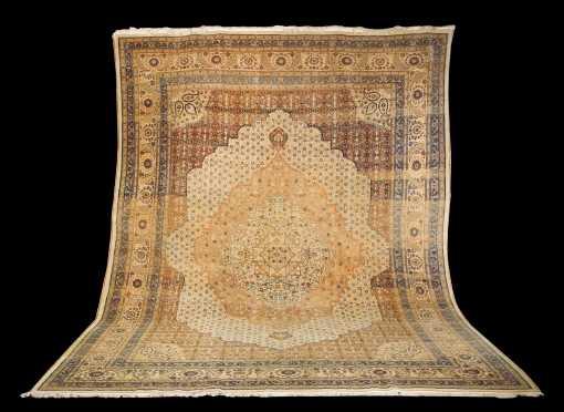 Important Tabriz Room Size Oriental Rug