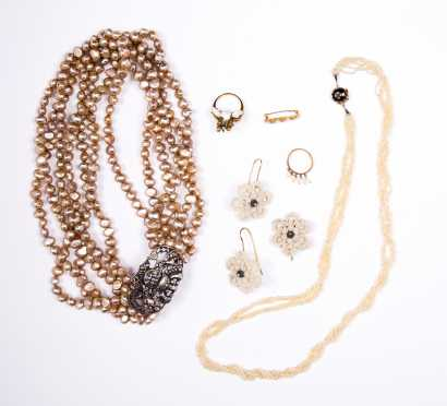 Pearl Group of Jewelry