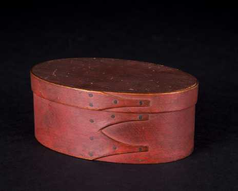 Shaker Three Finger Oval Red Painted Box